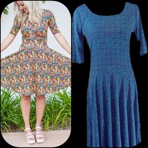 "👗LulaRoe👗 ""Nicole"" Basketweave Dress👗"